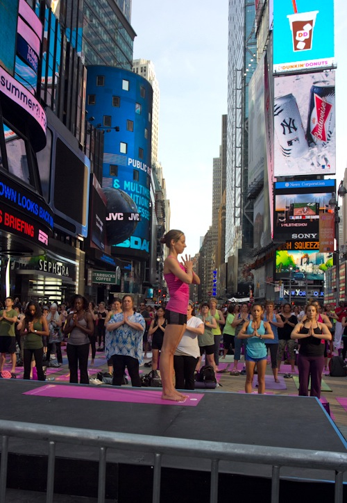 yoga times square subway air conditioning
